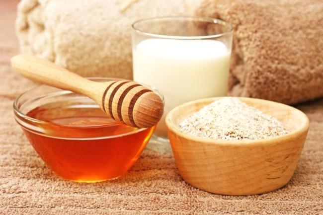 Сила овса и меда для омоложения кожи