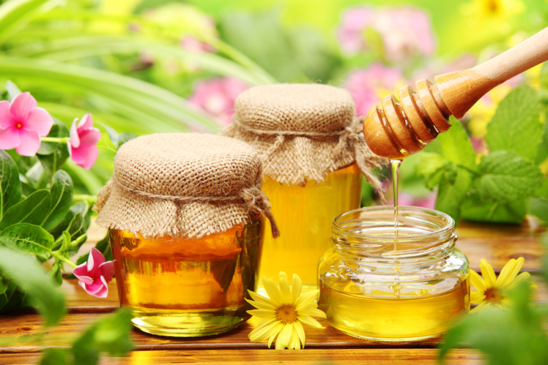 Золотой мед в баночках фото
