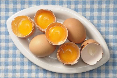 Разбитое яйцо фото
