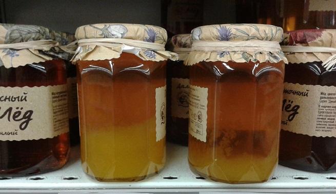 Фото пчелиного продукта на полке