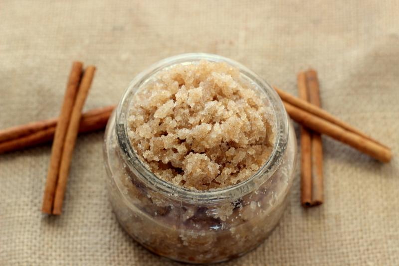 Соль и корица в баночке фото