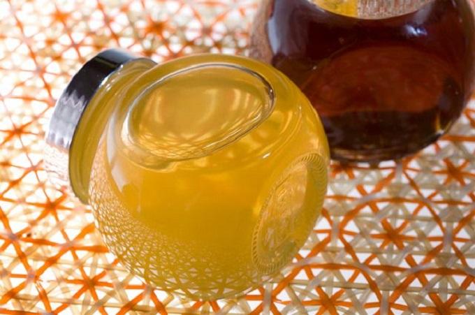 Фото жидкого меда в баночке