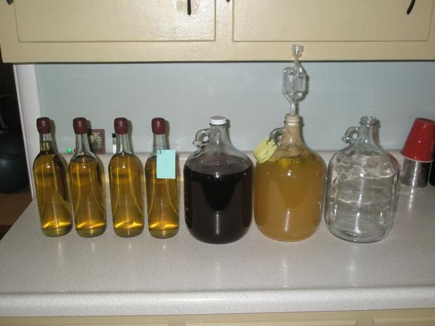 Фото бутылей с самогоном