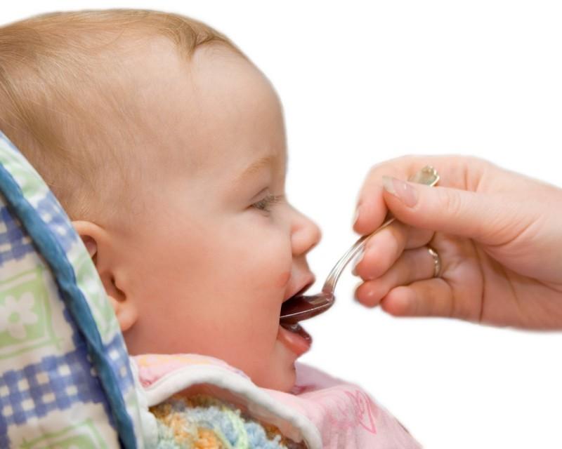 Мед для ребенка: с какого возраста можно давать?