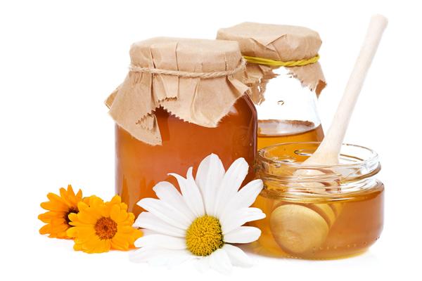 Фото баночек с луговым медом, ложки и цветков