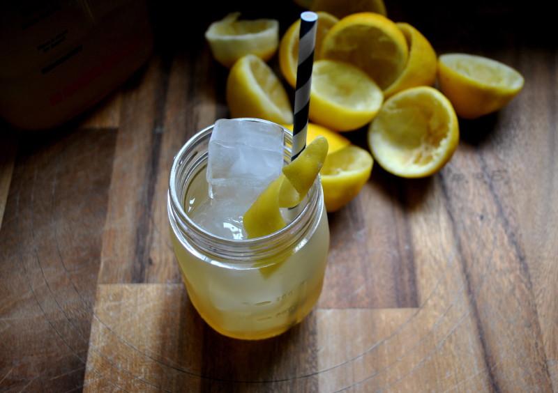 Фото имбирно-лимонного чая в баночке