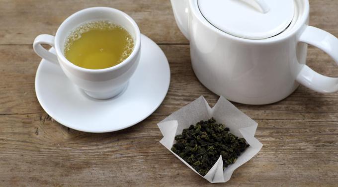 Пьем зеленый чай с медом для похудения