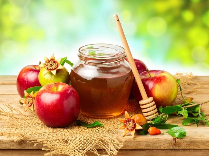 Яблоки с медом на второй спас