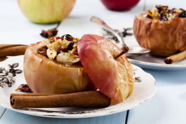 Неповторимый аромат праздника от медовых яблок с корицей
