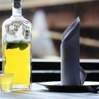 Медовуха с водкой в стеклянной бутылке