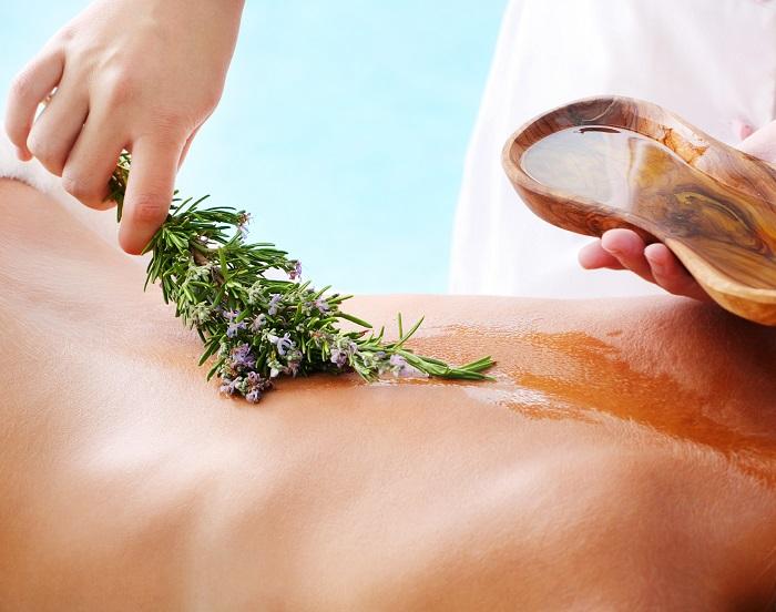 Полезный расслабляющий медовый массаж