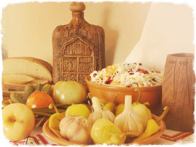 Ассорти из моченых овощей под закуску