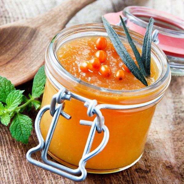 Заготовка на зиму из облепихи с медом