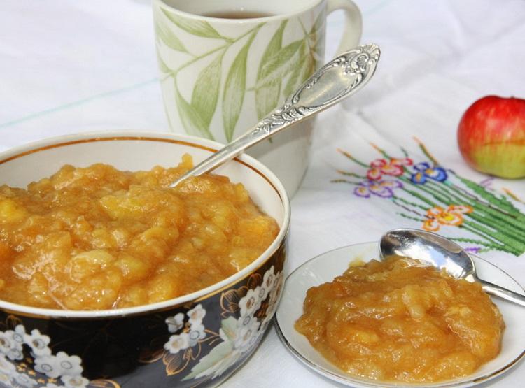 Нежный яблочный десерт по-домашнему