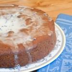 Медовый пирог в мультиварке с глазурью