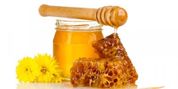 Натуральный мед в баночке и соты