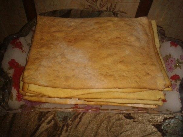 Испеченные коржи для торта