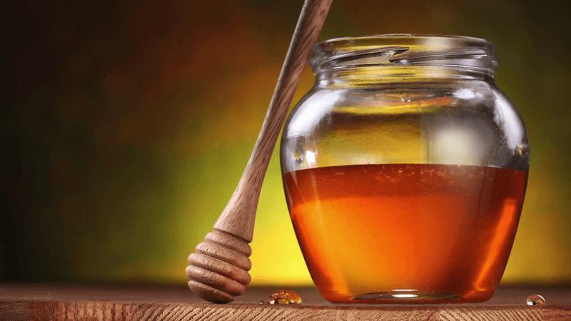 Пчелиный мед в банке