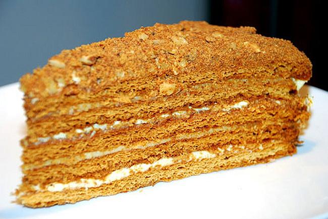 Несколько универсальных рецептов сладких медовых коржей