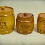 Деревянные бочонки с медом