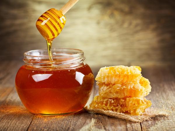 Жидкий мед в сотах и в баночке