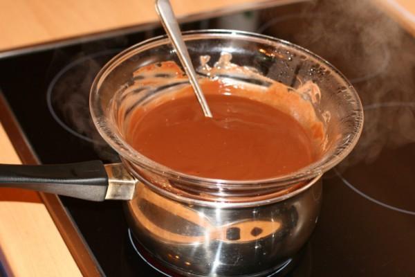 Процесс приготовления прополисного масла
