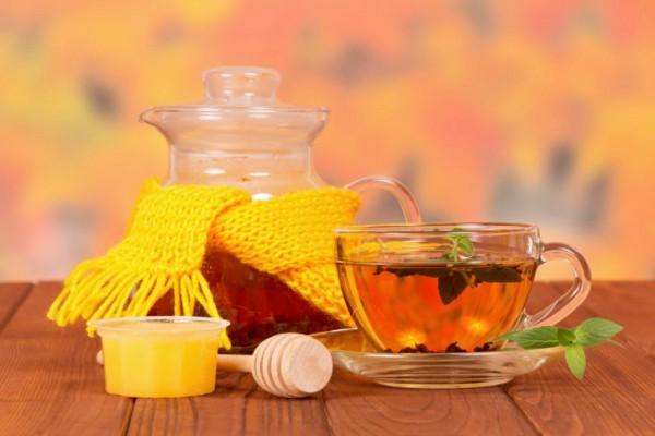 Черный чай с медом