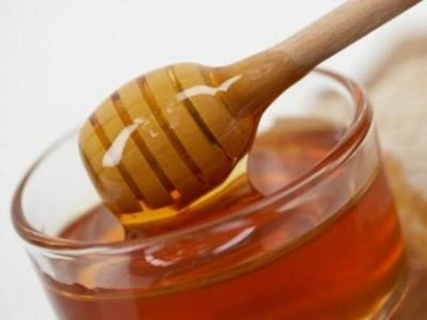 Жидкий мед крупным планом