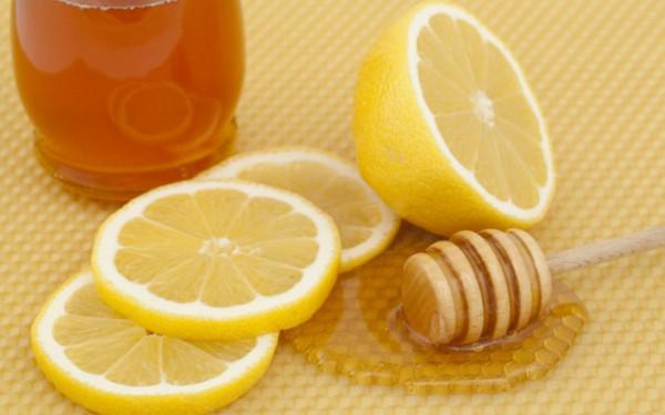 Медово-лимонный эликсир с оливковым маслом: как применять целебную смесь?