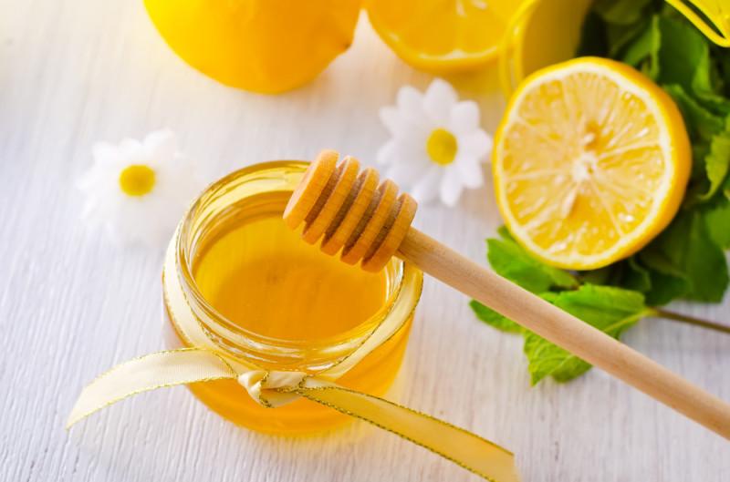 Баночка меда и лимон