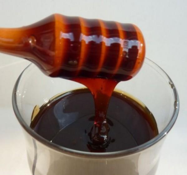 Черный мед в стакане