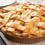Яблочный пирог в форме