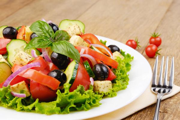 Рецепты вкусных и простых весенних салатов с фото