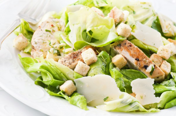 Весенний салат с зеленью