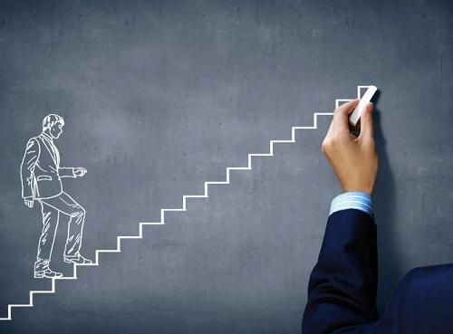 Саморазвитие важнее карьерного роста?